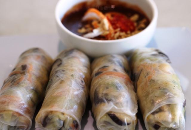 cabramatta loving chinese hut rice rolls